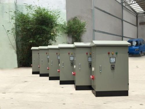 Hình 3: Vỏ tủ điện ngoài trời tại Quân Phạm (Ảnh: quanpham)